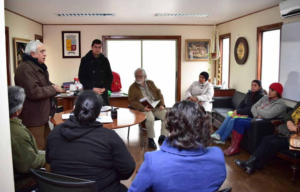 Reunión con dirigentes vecinales