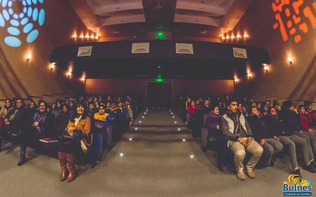 Obra Teatral se presentó para alumnos