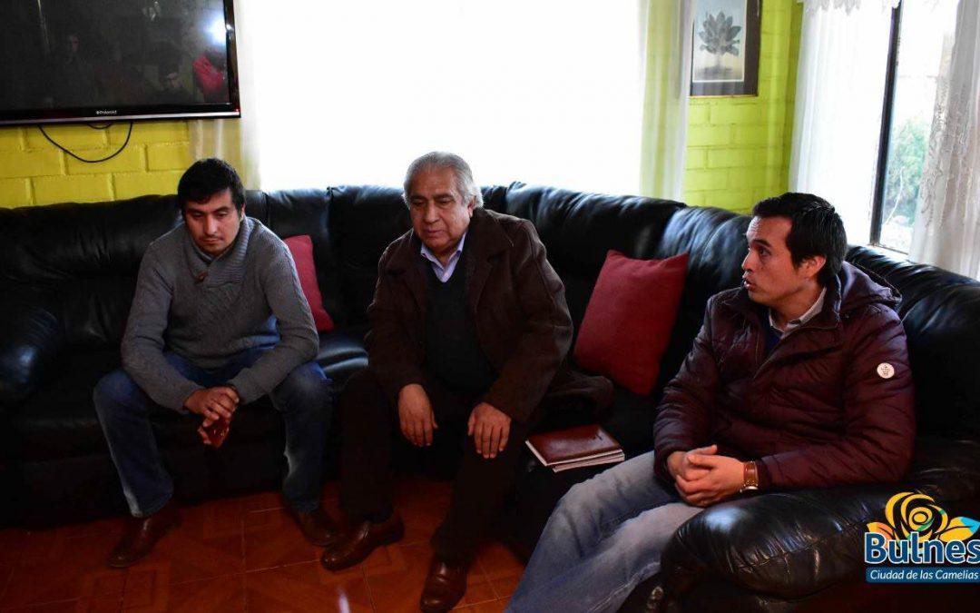 Alcalde apoya construcción de medialuna en sector Tres Esquinas