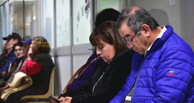 Alcalde pide a delegada nuevo hospital para Bulnes