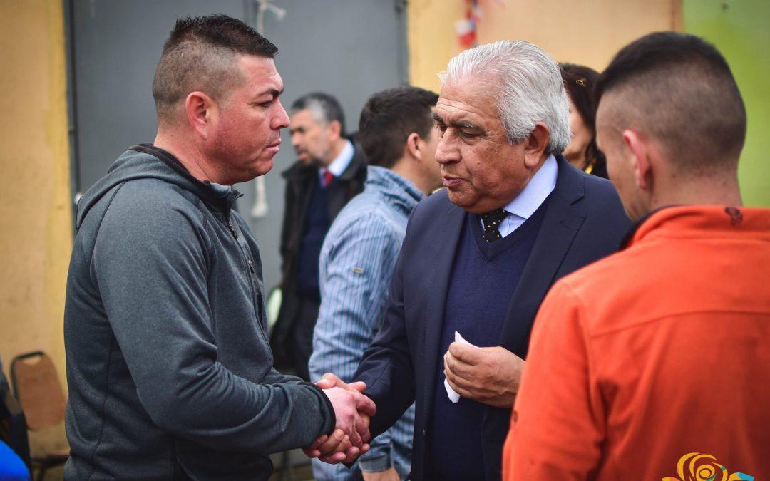 Alcalde y autoridades locales visitaron a internos de penitenciaria de Bulnes