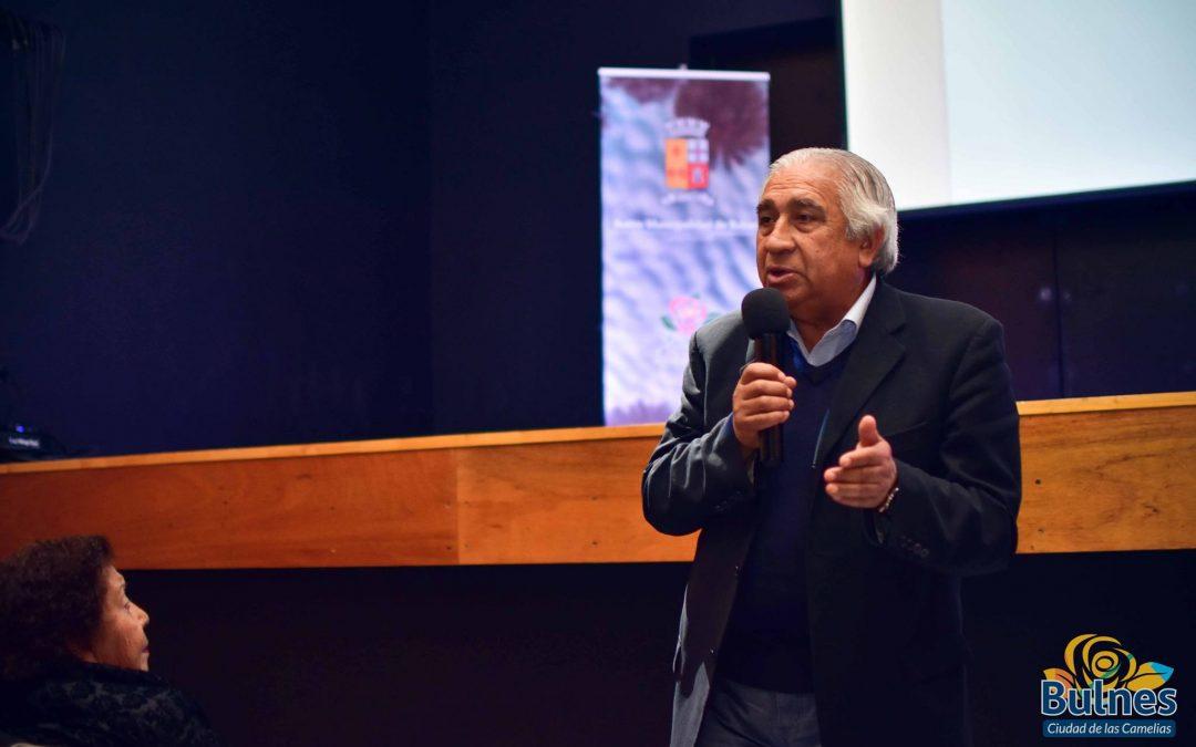 Municipio de Bulnes capacitó a sus dirigentes vecinales en el Edificio de la Cultura
