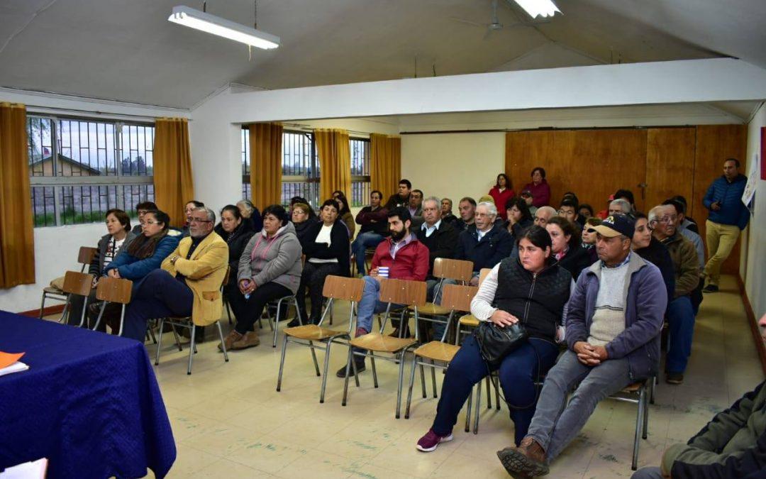 Concejo municipal se trasladó hasta el sector de Tres Esquinas