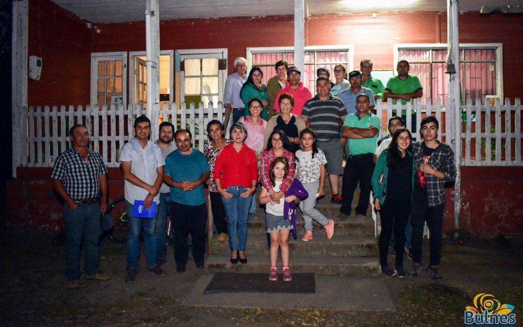 """Vecinos del sector 1-R Larqui Oriente solicitan el comodato de escuela rural """"los Estanques"""