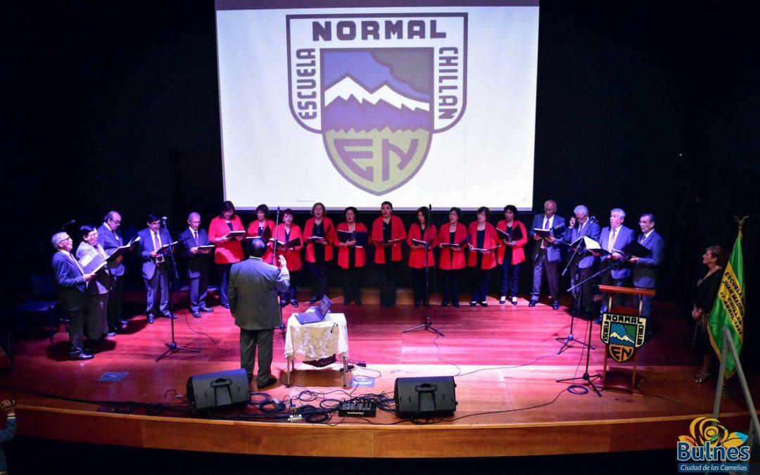 Brillante presentación del Coro de Profesores Municipalidades y Normalistas de Chillán en el Teatro Municipal de Bulnes