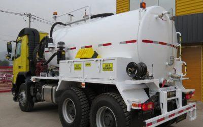 Secplan logra apoyo regional para adquirir un camión capaz de limpiar fosas