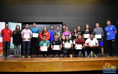 Municipio y el IND capacitaron y certificaron a profesores de Educación Física