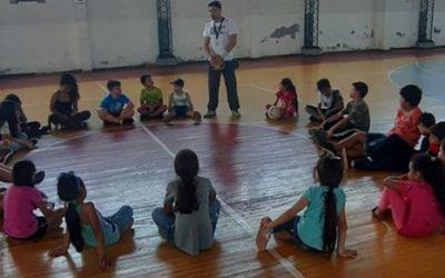 Hijos de temporeros de Bulnes acuden a escuela de Verano con apoyo municipal y del Ministerio de Desarrollo Social