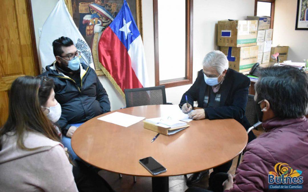 HISTÓRICO. Concejo municipal aprobó transacción judicial para comenzar a pagar el bono SAE a profesores de Bulnes