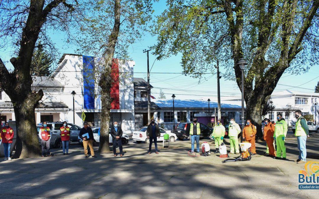 Comienza proyecto para sanitizar espacios públicos de Bulnes