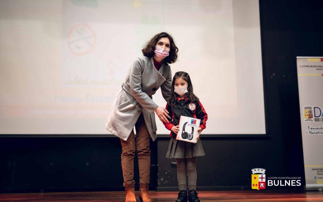 Concurso #ChaoCigarro premió a jóvenes artistas